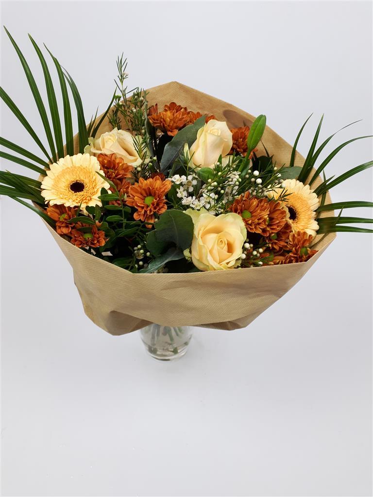 Floragold B.V.: Bouquet Christmas Cafe