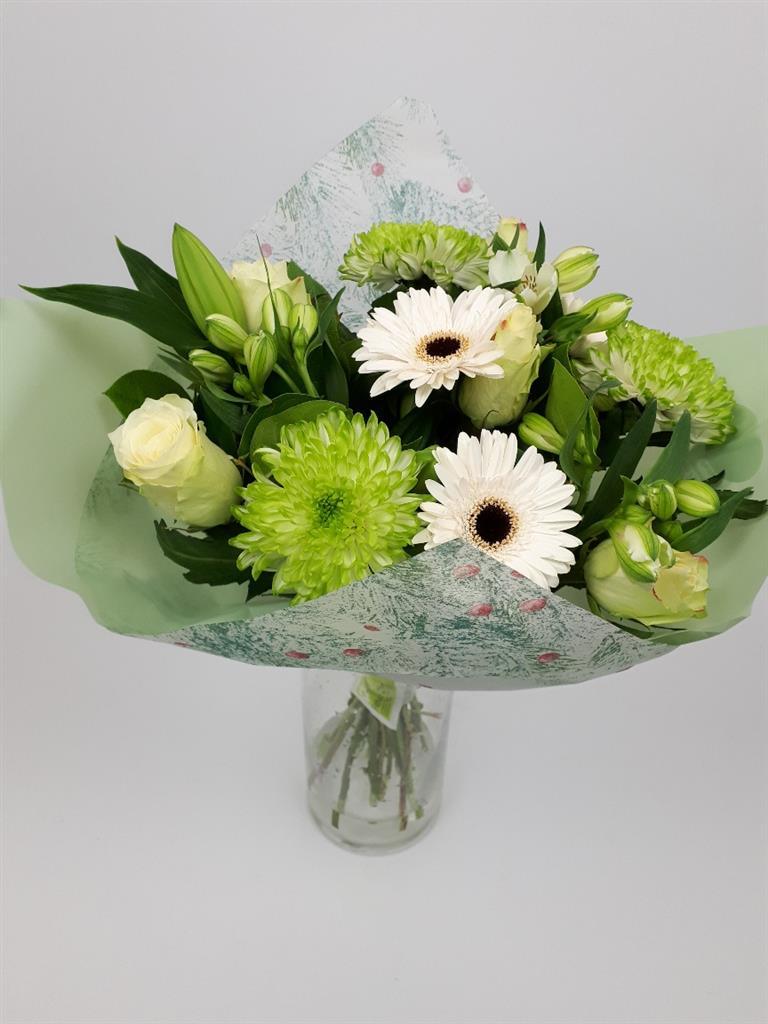 Floragold B.V.: Bouquet First Snow